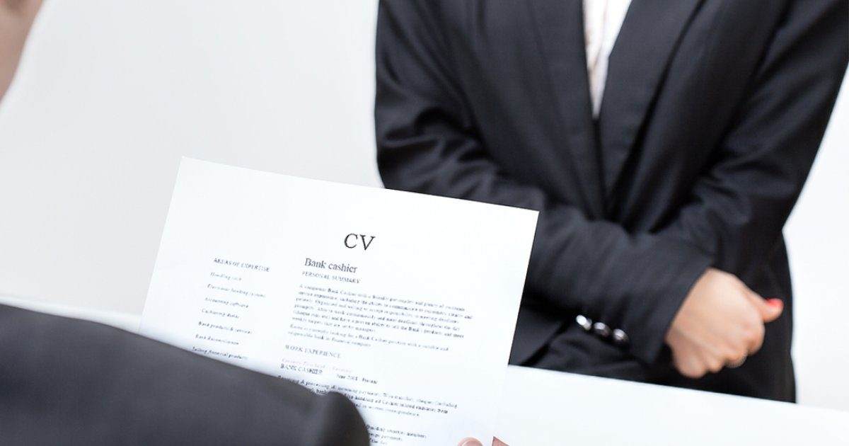 Get out of line. How to sell your properties in a CV so that they do not act as clichés
