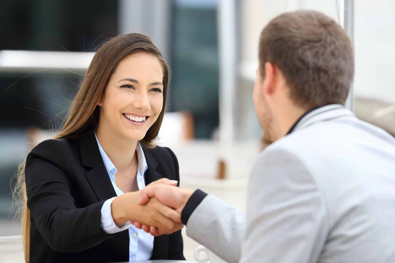 How to Make A Great First Impression: The Five-Step Formula - Interacting with Co-workers, Personal Polish, Win Friends - Etiquette School of America | Maralee McKee - Etiquette and Manners for Your Success